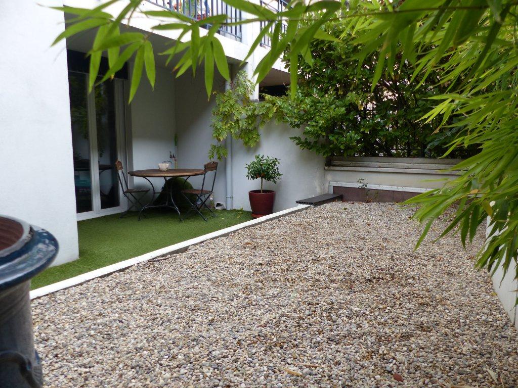 vente vente lyon 69004 appartement coeur croix rousse t5 de 115m2 dans recent avec terrasse. Black Bedroom Furniture Sets. Home Design Ideas
